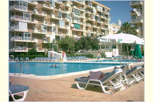 Charming 1 Bed / 1 Bath Apartment Next To The Popular Bonanza Square, Benalmadena  Apartment   68