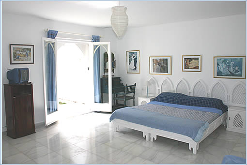 Large Master Bedroom + Ensuite