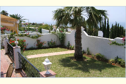 Rent Villas in Nerja