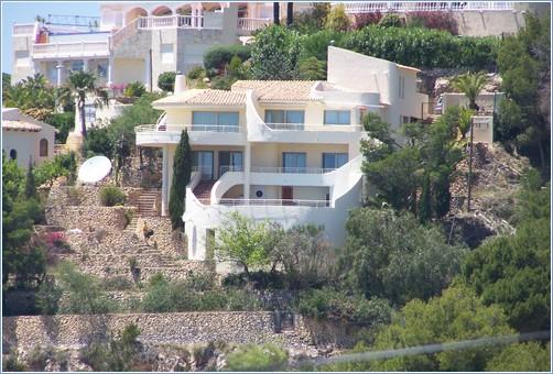 Rent Villa in Altea