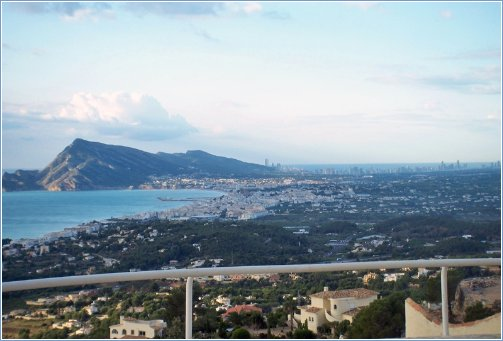 Rent Villa in Altea