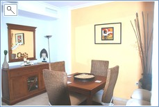 Dining area with fully extendable dining table