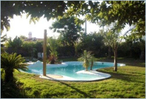 Exclusive private pool design