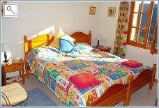 The twin en suite bedroom