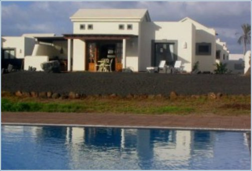 Rent Villa in Playa Blanca