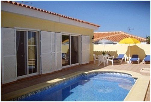 Callao Salvaje Rental Villas