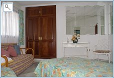 Large twin bedded room