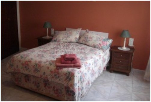 F/F DOUBLE BEDROOM