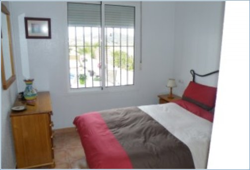 mazarron single personals Surface 120 m², 4 bedrooms (2 doubles, 2 singles), 2 bathrooms, kitchen, washroom, dining room, storage room, floor, garage, cupboards, year of construction, water, electricity, gas.