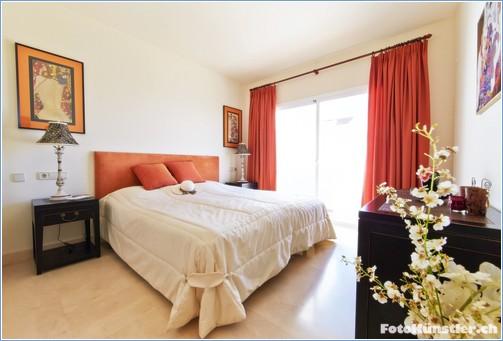 Master bedroom Ensuite  - View 1