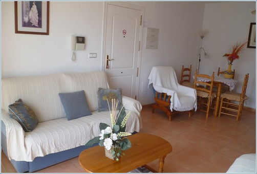 Spacious and Comfortable Lounge Diner - Verdemar 2