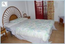 Spacious Double Bedroom - Verdemar 3