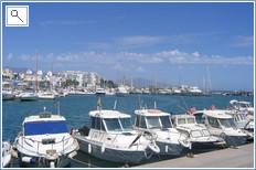 The Marina (8 minutes walk)
