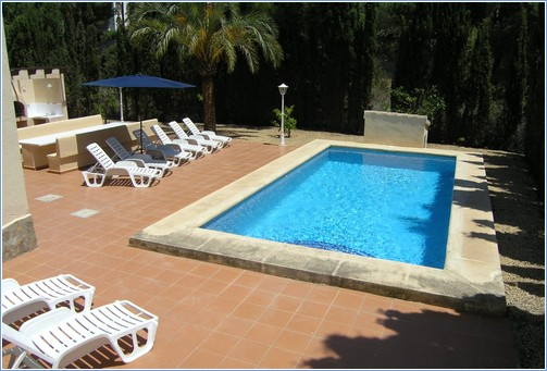 Pool with terrace