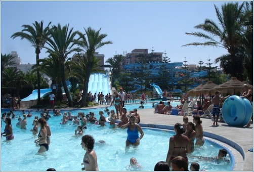 Water Park 8Km away, Bus from village every 30 min €1.30