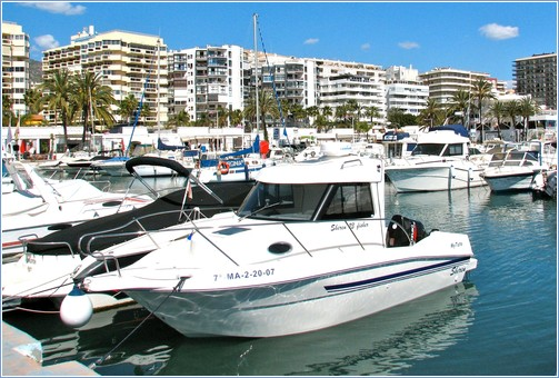 Puerto Deportivo & Paseo Maritimo