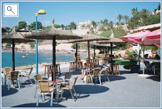 A super restaurant by the beach and marina at Cabo Roig.
