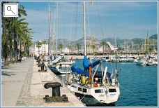 The harbourside of Cartagena with lots to take in.