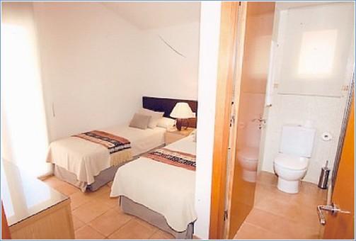 UPSTAIRS Bedroom & SHOWER ROOM