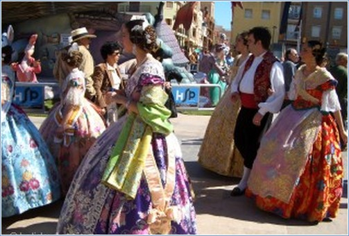 Fallas Queens process all year round -any excuse to dress-up