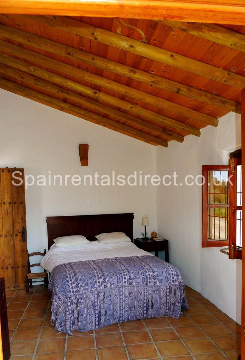 Sedella rental villa for Planimetrie addizionali della master suite