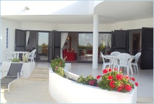 Rent Playa Blanca Villa