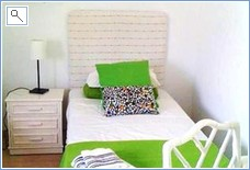 2nd Twin bedroom with 2 single beds