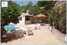 pool terrace to mountain