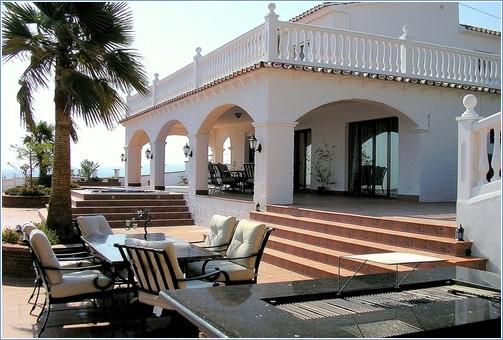 Exceptional Rent Malaga Villa
