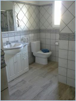 Master bedroom ensuite shower room