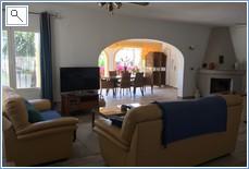 Living room & naya with entrance door