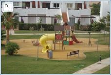 Jardin 13 Play Area