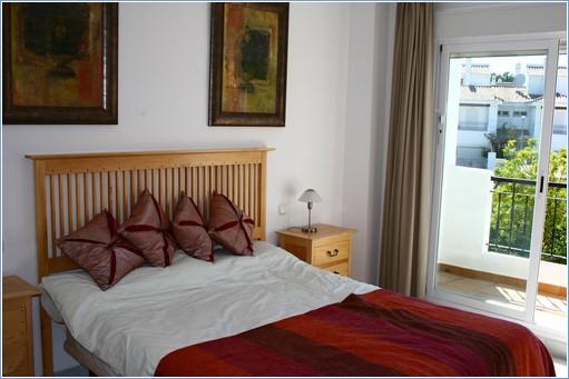 Rent villas in spain rent Master bedroom with private garden