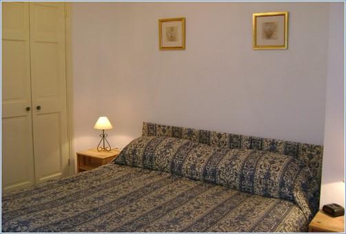 Double bedroom superking bed