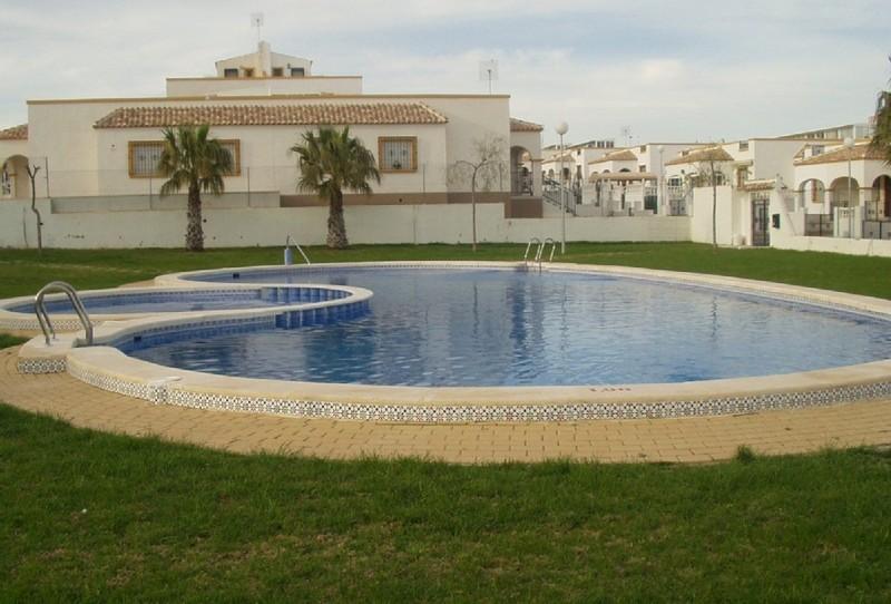 Rent Villa In Torrevieja La Marina