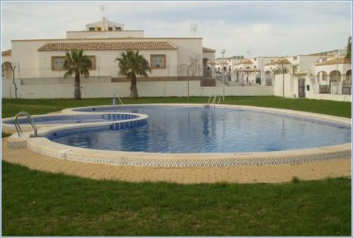 Rent Villa in Torrevieja