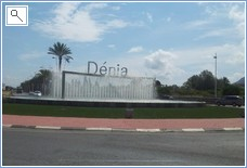 Impressive entrance into Denia on way from the toll