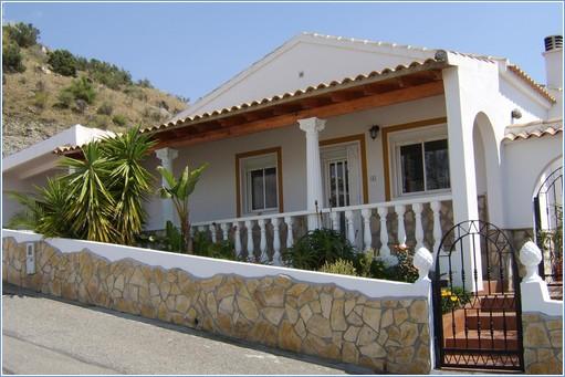 Rent Arboleas Villa