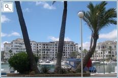 puerto de la duquesa port 10 mins walk along the beach