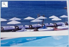 One of Puerto Banus Beach Clubs open End April-End September