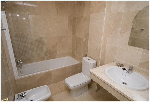 En-suite bathroom has shower and bidet