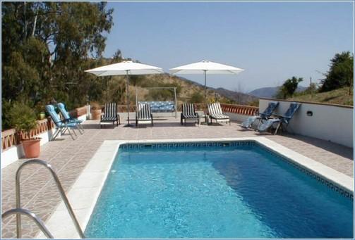 Rent Villa in Malaga Province