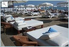 Miguel's Luxury Beach Sun Beds