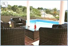 Pool sofas