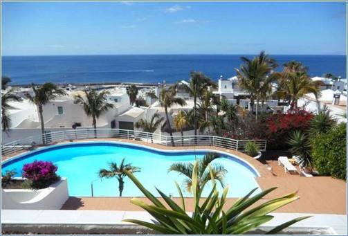 Lanzarote accommodation rent lanzarote apartments rental villas lanzarote - Car rental puerto del carmen ...